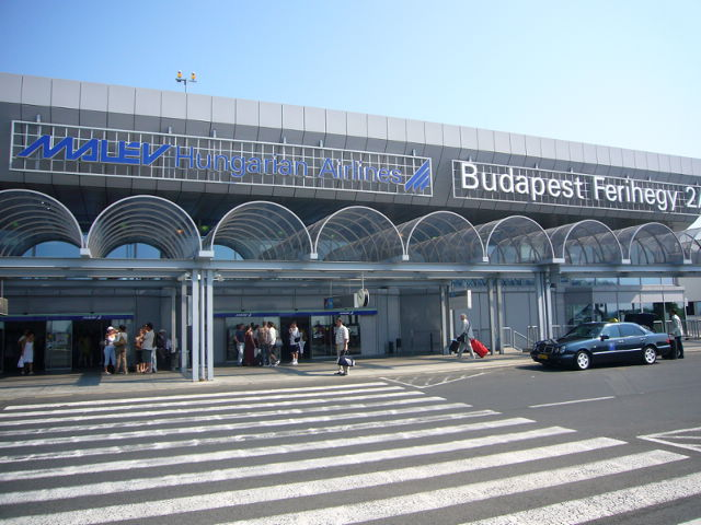 Budapest Ferenc Liszt International Airport in Hungary has been shut down after the control tower developed electrical problems