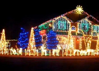 Cadger Dubstep Christmas Lights House 2012
