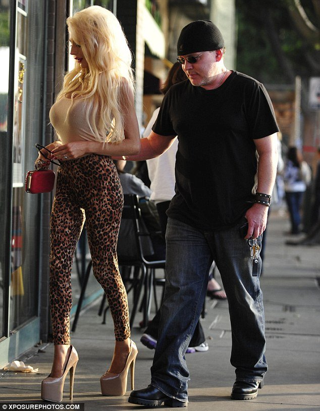 Courtney Stodden wore another version of her typical hyper-sexualized attire to run to the pharmacy