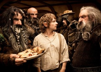 Director Peter Jackson has defended shooting The Hobbit trilogy in a new format at 48 frames per second after a mixed response from film critics