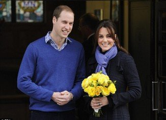 Kate Middleton emerged from the King Edward VII Hospital looking relaxed, carrying a bouquet of yellow flowers and giving a brief smile to the waiting press with Prince William