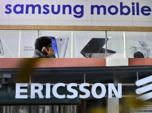 Samsung Electronics has sought a ban on the import and sales of some Ericsson products in the US which it claims infringe its patents