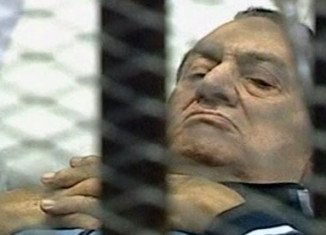 A court in Egypt has ordered a retrial for ex-President Hosni Mubarak after accepting an appeal against his life sentence over the deaths of protesters