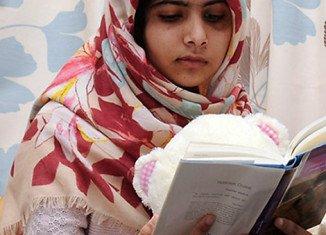 Pakistani schoolgirl activist Malala Yousafzai will soon undergo skull surgery to repair a missing area