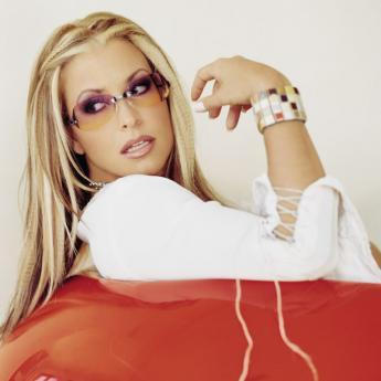 Anastacia has been forced to cancel her European tour as she was diagnosed with breast cancer for the second time