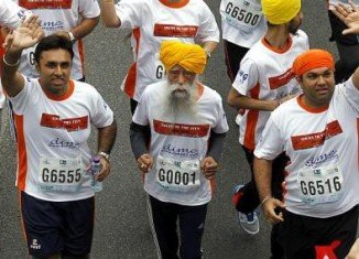 Fauja Singh, a man believed to be the world's oldest marathon runner at 101 years old, has run his last long distance competitive race in Hong Kong