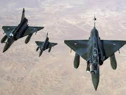 French jets have carried out air strikes in Malis far north as they try to secure the final rebel stronghold of Kidal after a three week offensive photo