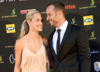 Oscar Pistorius crushed girlfriend Reeva Steenkamp's skull with a cricket bat before shooting her dead, police have told her family