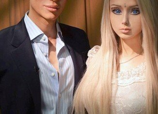 Real-life Barbie and Ken dolls, Valeria Lukyanova and Justin Jedlica, met for the first time, but it wasn't love at first sight