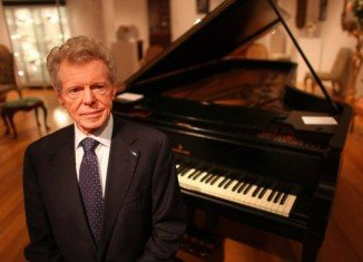Renowned American classical pianist Van Cliburn has died aged 78