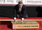 Robert De Niro is the latest Hollywood star who leaves his hand and footprints in cement outside the noted Chinese Theatre
