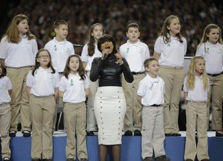 Sandy Hook Elementary School students and Jennifer Hudson sang an emotional rendition of America The Beautiful at Super Bowl XLVII