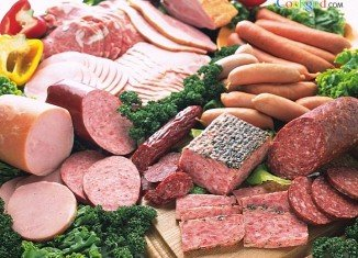 A study of half a million people across Europe suggests that sausages, ham, bacon and other processed meats appear to increase the risk of dying young