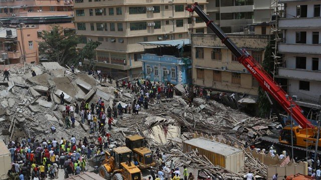 At least 17 people have been killed after a multi-storey building collapsed in the centre of Dar es Salaam on Friday morning