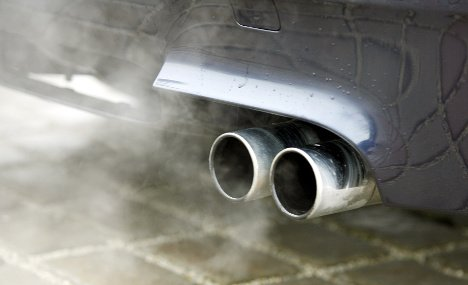 European drivers will save €3,800 over the lifetime of their cars if the EU imposes strict new CO2 standards on manufacturers