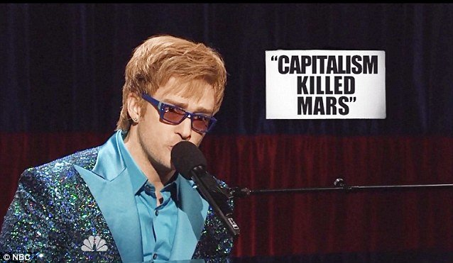 http://www.bellenews.com/wp-content/uploads/2013/03/Featuring-Justin-Timberlake-imitating-Elton-John-SNL-skit-took-place-at-a-memorial-for-Hugo-Chavez-who-died-on-Tuesday-at-the-age-of-58-after-a-long-battle-with-cancer.jpg