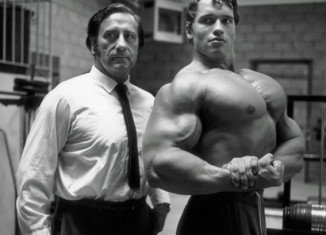 Joe Weider, the man who launched Arnold Schwarzenegger's Hollywood career, has died in Los Angeles at the age of 93