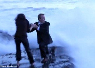 Matthew Hartman was at the point of proposing to his girlfriend Lis, when a giant wave rushed in from the ocean and swept the couple completely off their feet