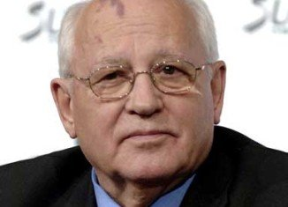 Mikhail Gorbachev has denounced new laws passed in Russia as an attack on citizens' rights