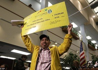 Pedro Quezada, the New Jersey father of five who won a $338 million Powerball jackpot, owes $29,000 in back child support and could be arrested until he pays up