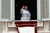 Pope Francis I has delivered his first Angelus prayer and blessing before a crowd of many thousands gathered in St Peter's Square in Rome