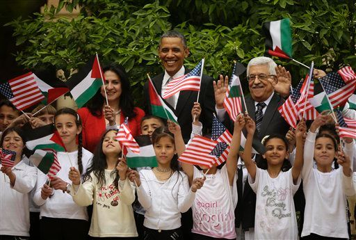 President Barack Obama has pledged to Jordan an additional $200 million to help deal with the growing number of Syrian refugees in the country