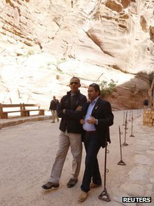 President Barack Obama is ending his Middle East tour with a trip to the famous ruins of the ancient city of Petra in Jordan photo