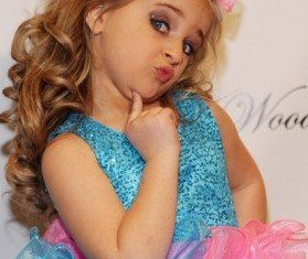 Toddlers and Tiaras star Isabella Barrett has earned more than $1 million from her jewellery and make-up line in 2012