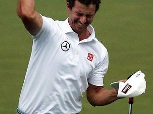 Adam Scott has won his maiden major title and became the first Australian winner of the Masters with victory against former champion Angel Cabrera