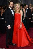 Jennifer Aniston and Justin Theroux have decided to delay their wedding for a few months
