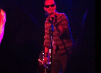 Macaulay Culkin took the stage at an indie concert on a boat in Bristol singing Beach Boys' song Kokomo