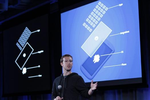 Mark Zuckerberg unveils Facebook Home for Android photo