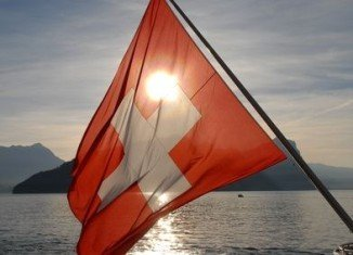 Switzerland has decided to renew restrictions on immigration from eight central and eastern EU countries