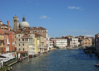 The city of Venice has imposed its first ever ban on motorboats, launches and barges on one of its main waterways, Grand Canal