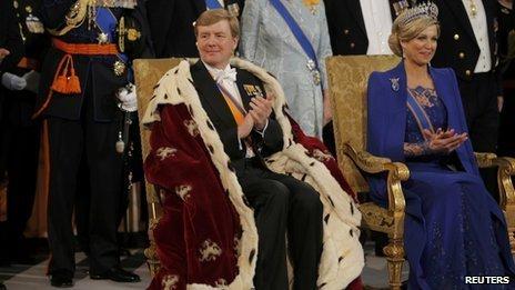 Willem-Alexander has been sworn in as king of the Netherlands in an enthronement ceremony at Amsterdam's Nieuwe Kerk