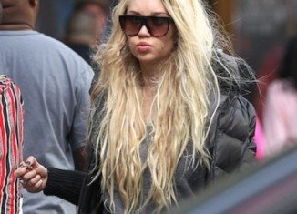 Amanda Bynes was stopped from boarding a private jet this weekend for not having the correct identification