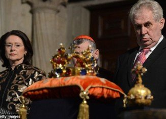 Footage shows President Milos Zeman clearly the worse for wear at a rare public display of the Czech crown jewels