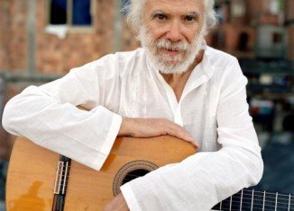 French singer and composer Georges Moustaki, who wrote Edith Piaf's 1958 hit song, Milord, has died aged 79