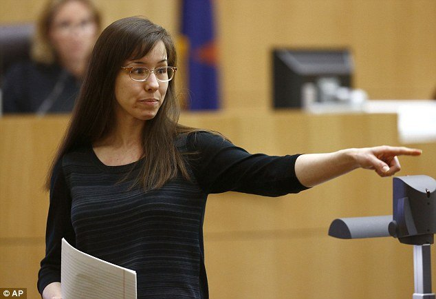 Jodi Arias tearfully pleaded with jurors to spare her from a death sentence in Travis Alexander murder case during a bizarre 25-minute testimony