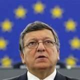 Jose Manuel Barroso said he would urge Wednesday's summit of EU leaders to support automatic exchange of people's earnings data between tax authorities