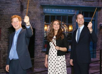 Prince Harry has reportedly told friends that Kate and William are expecting a boy