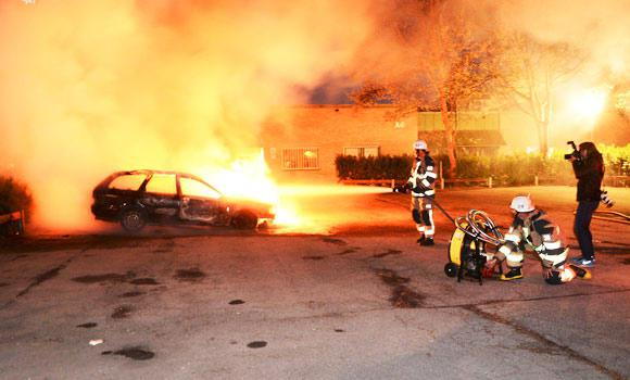 Reinforcements of Sweden's specially trained police are being deployed to Stockholm after five nights of unprecedented rioting in the capital's suburbs