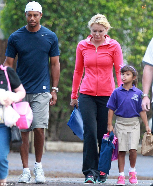 tiger woods and lindsey vonn drop his kids off at school