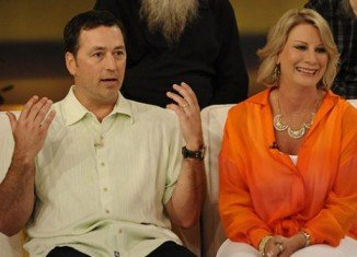 Alan Robertson and his wife Lisa join Duck Dynasty cast for Season 4