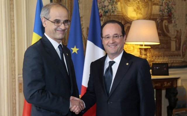 Antoni Marti, the head of the Andorran government, told French President Francois Hollande that he will introduce a bill for income tax before June 30, 2013