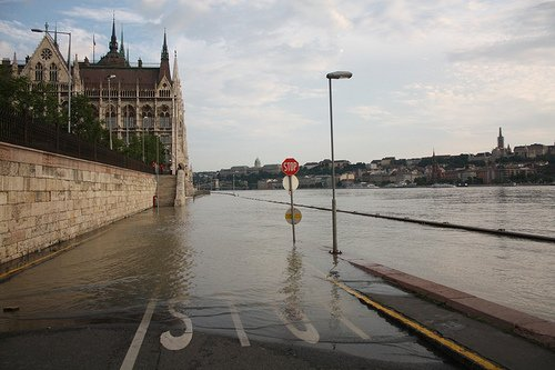 Budapest Danube is set to reach record levels this weekend