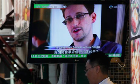 Edward Snowden took to live web chat to defend leaking NSA secrets