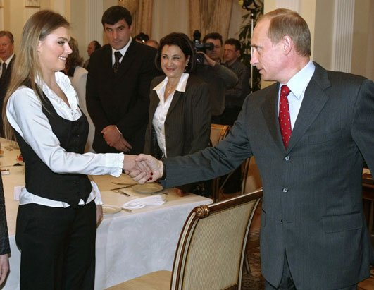 Former gymnast Alina Kabaeva is Vladimir Putins potential new bride photo