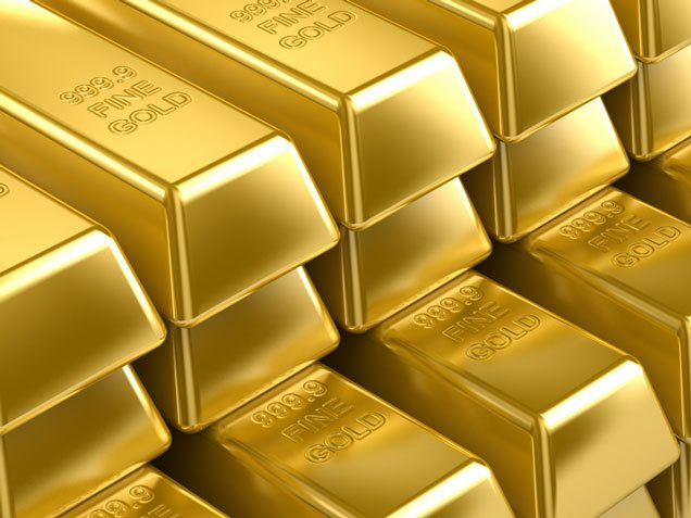 Gold price has continued its drop falling to its lowest level in almost three years photo