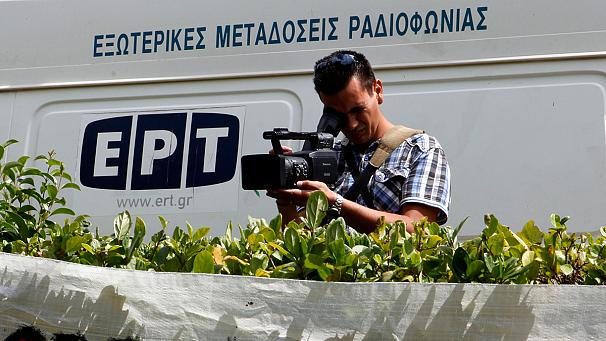 Greek PM Antonis Samaras has said a small number of people could be hired to produce news and current affairs programmes at ERT photo